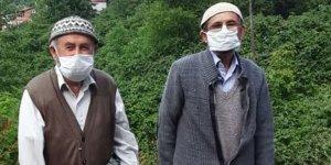 İki kardeş 9 gün arayla koronavirüs kurbanı