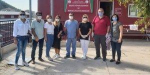 MHP İzmir Karşıyaka Teşkilatı kongrenin ardından hayvan hakları için kolları sıvadı