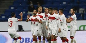 TFF'den Türkiye-Sırbistan maçına seyirci kararı