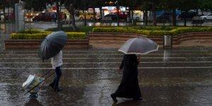 Meteorolojiden 5 il için kuvvetli sağanak uyarısı