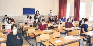 Milli Eğitim Bakanlığı sınavların nasıl yapılacağını 81 ile gönderdi
