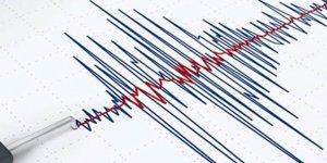 Suriye'de 5,2'lik deprem: Türkiye'den de hissedildi