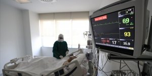 Kovid-19 enfeksiyonu kalp ritmini bozabiliyor