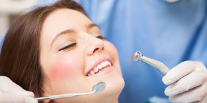 Yılda 100 bin sağlık turisti diş tedavisi için Türkiye'yi tercih ediyor