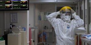 Son 24 saatte 102 kişi hayatını kaybederken 20 bin 428 kişinin Kovid-19 testi pozitif çıktı
