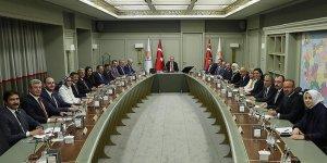 AK Parti MKYK toplantısında yeni MYK belli oldu