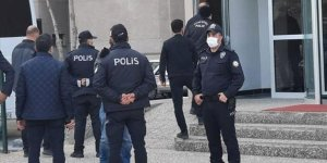Muhtıracı amiraller ek gözaltı için Ankara Adliyesi'ne getirildi