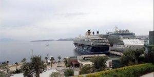 Turistler Bodrum'a akın etti