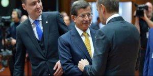 Davutoğlu'ndan AB'ye vize telefonu