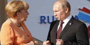 Merkel Putin'le telofonda görüştü