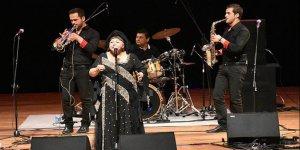 'Çingenelerin Kraliçesi' müzikseverlerle buluştu