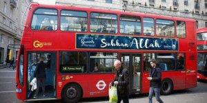 Londra caddelerinde 'Subhan Allah' yazılı otobüsler