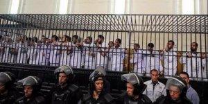 Mısır'da Yargıtay 149 idam kararını bozdu