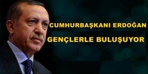 Cumhurbaşkanı Erdoğan Külliye'de gençlerin sorularını cevaplıyor