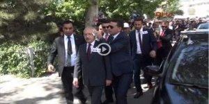 CHP Genel Başkanı'na yumurtalı protesto!