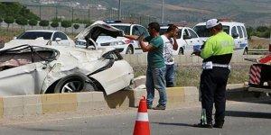 Ankara'da feci kaza! AK Partili Başkan ve Emniyet müdürü...