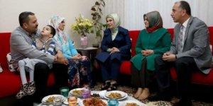 Emine Erdoğan'dan sürpriz iftar ziyareti..