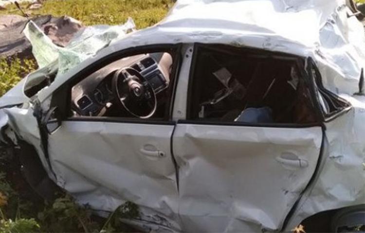 Trabzon'da otomobil uçuruma yuvarlandı!